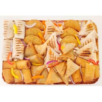 Plateau dinatoire de 35 pièces : Mini Chawarma, ailes farcies, mini tacos , rissoles ....